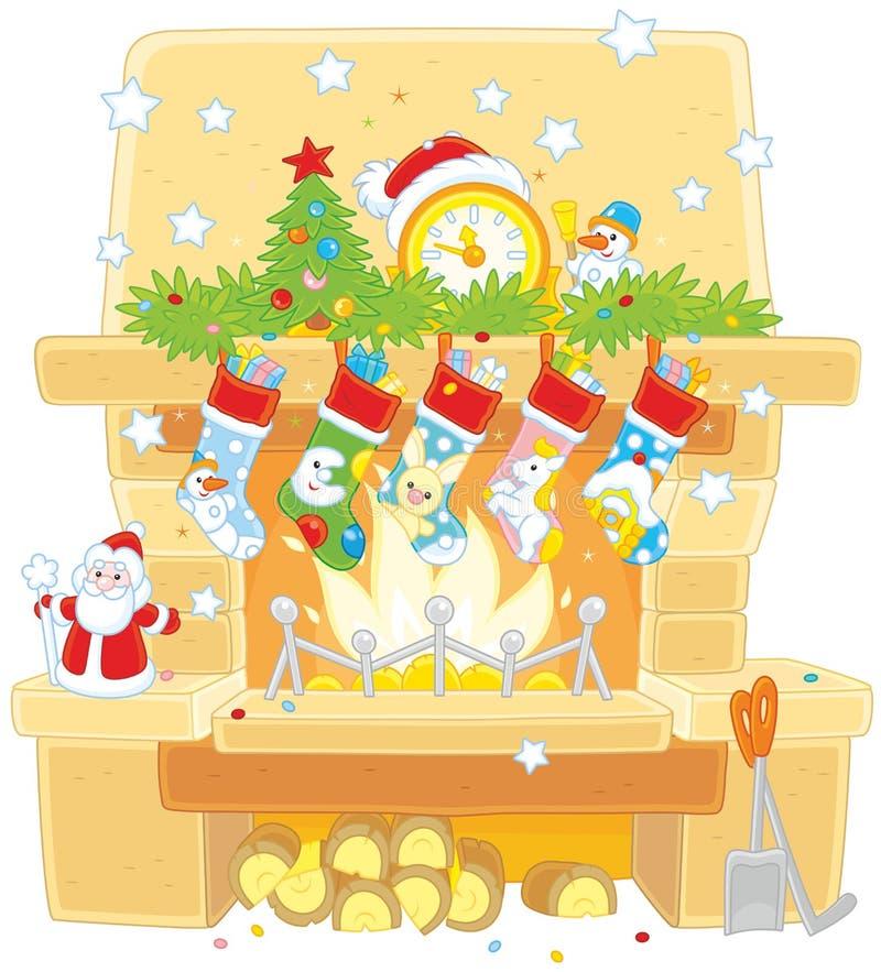 在壁炉的圣诞节袜子 皇族释放例证
