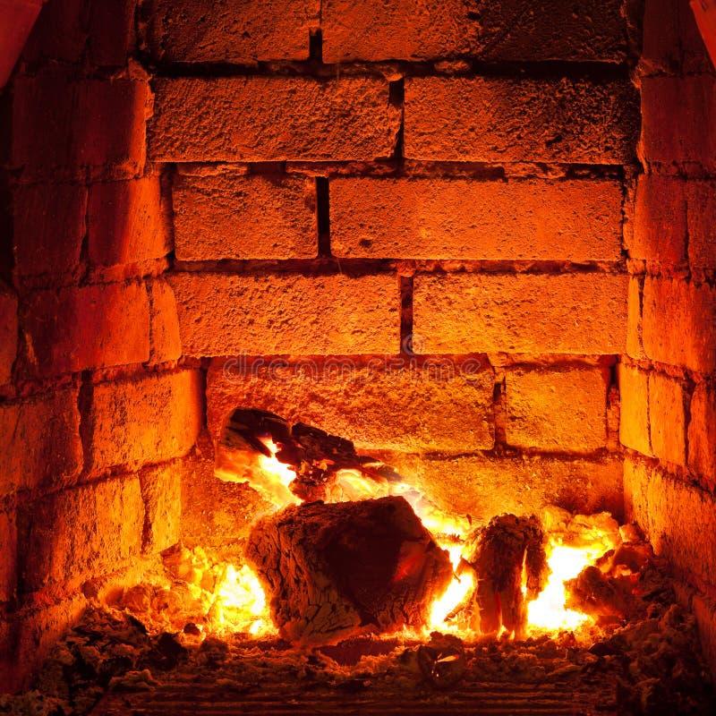 在壁炉的火 免版税库存图片