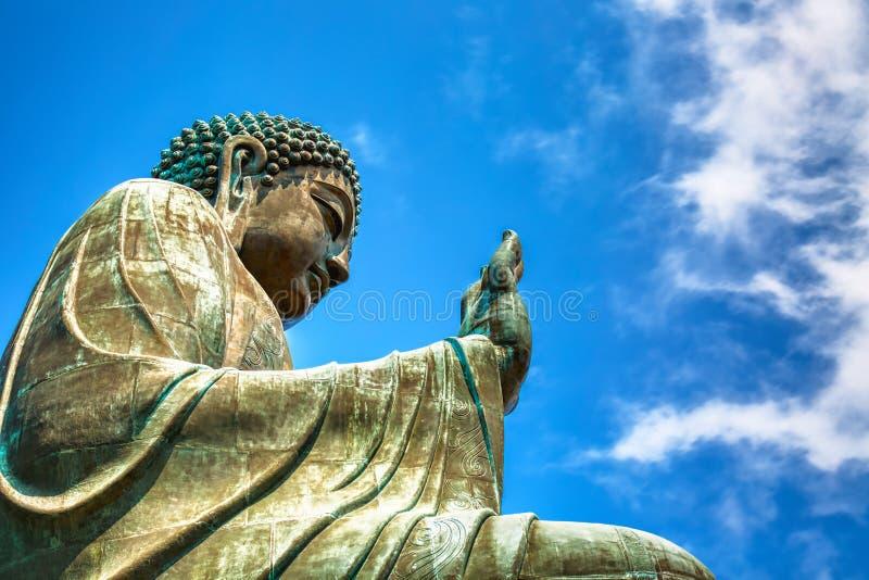 在夏天好日子期间,大天狮宝莲寺的Tan菩萨在香港 免版税库存照片