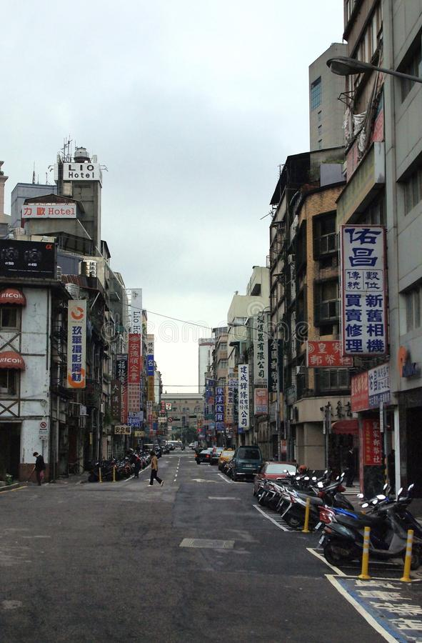 在多云白天的台湾街 库存照片