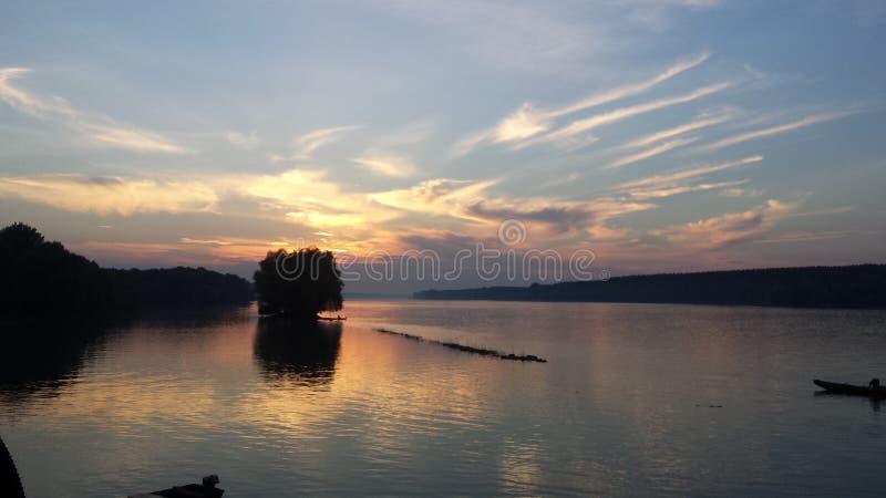 在多瑙河的日落 库存图片