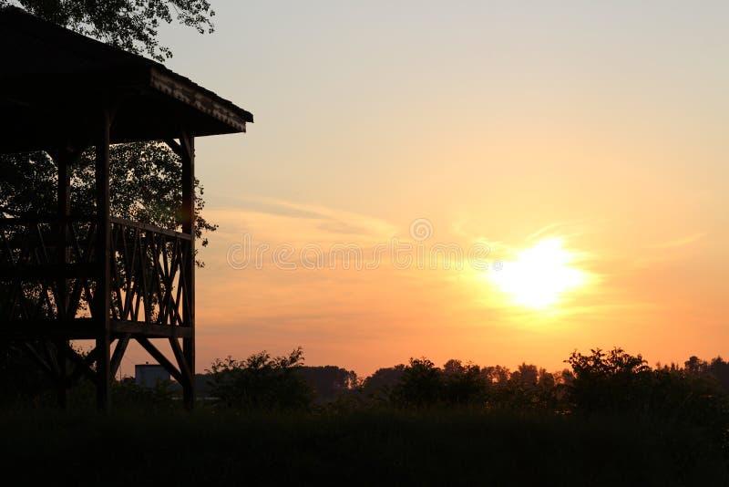 在多瑙河,保加利亚的日落 免版税库存图片