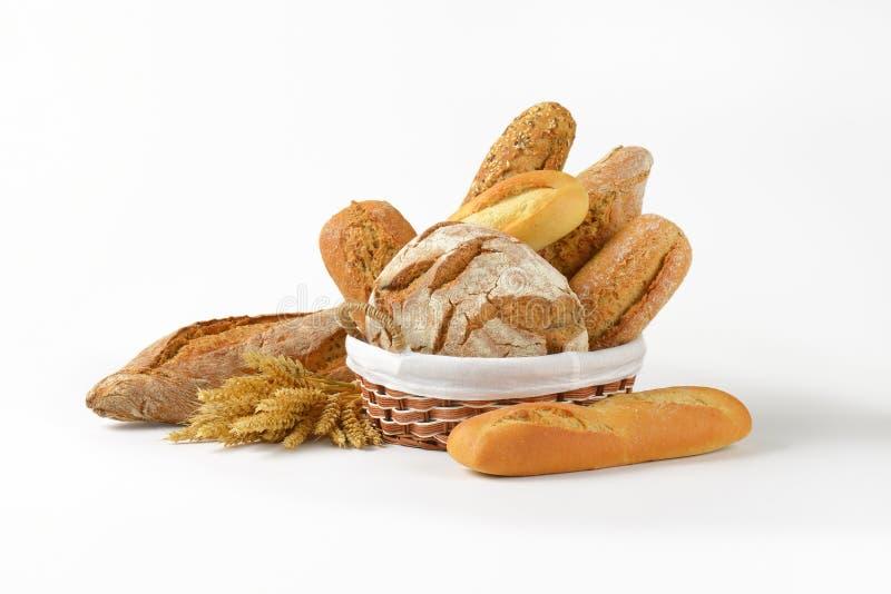 在多种上添面包 免版税库存图片