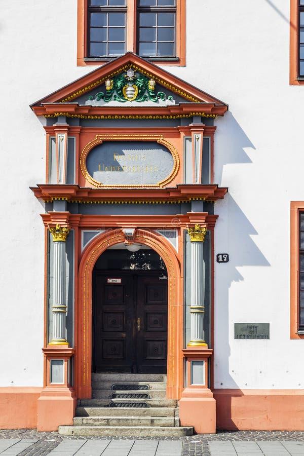 在多穆斯Universitatis,老大学的入口在美因法 免版税库存图片