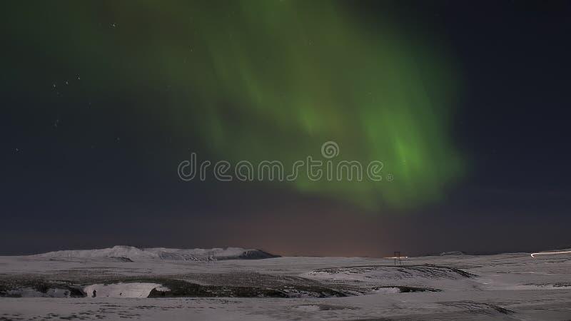 在夜空的极光 冰岛 雪 晚上 库存图片