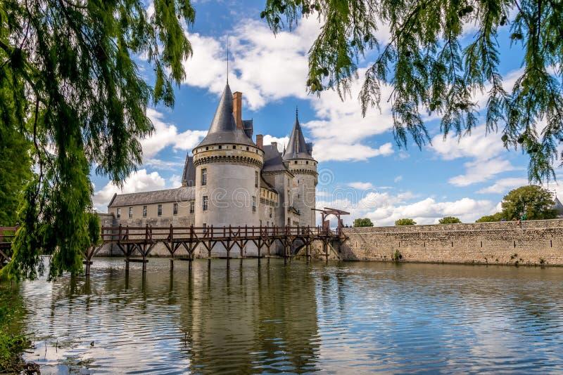 在大别墅的看法玷污横跨护城河的sur卢瓦尔河 库存图片
