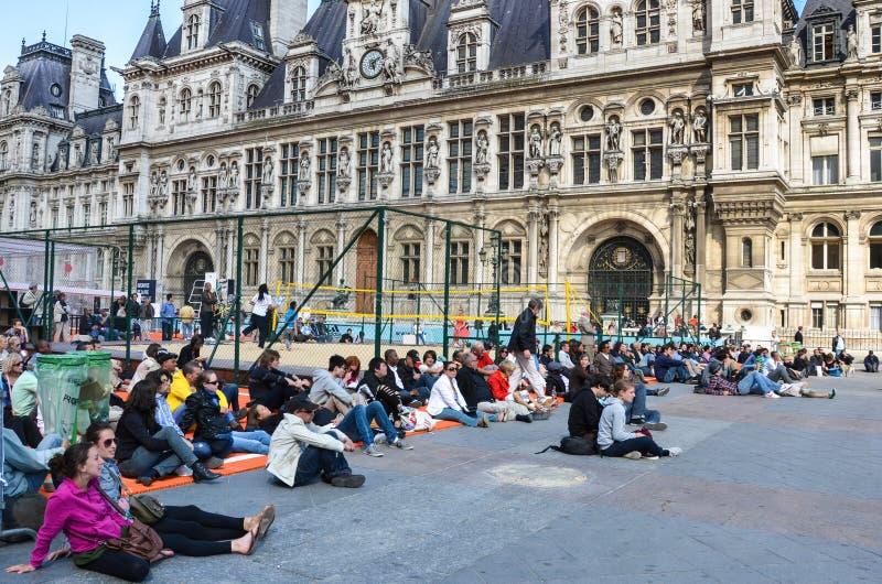在大别墅de凡尔赛的人群 免版税库存照片