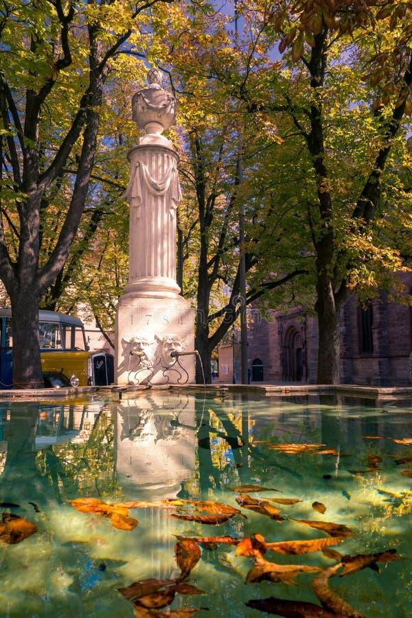 在大包的Pisoni喷泉 免版税库存照片