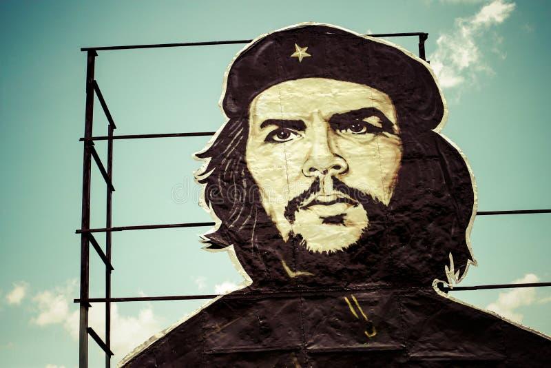绘在大厦的切・格瓦拉在古巴 免版税库存照片