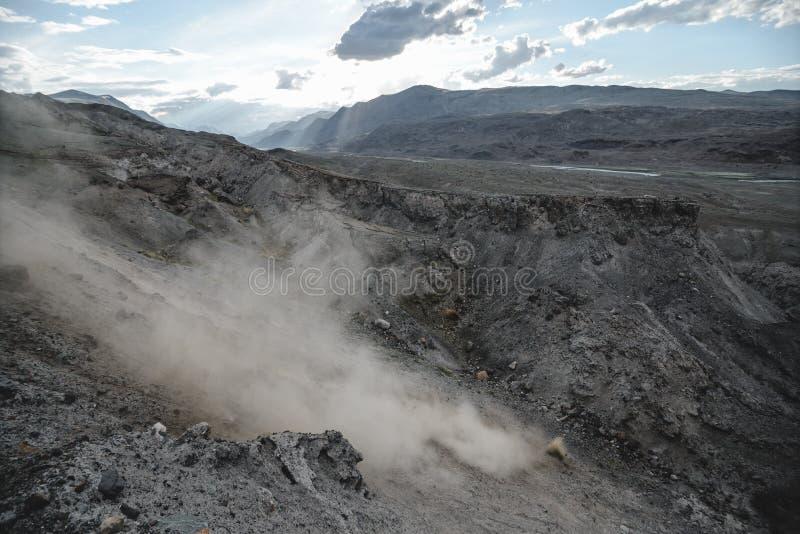 在大地震以后的峡谷 免版税库存照片