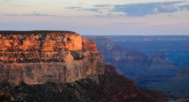 在大峡谷的日出 免版税库存照片