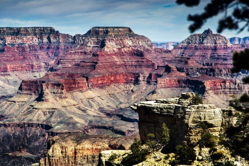 在大峡谷谷的不同的颜色 免版税库存图片