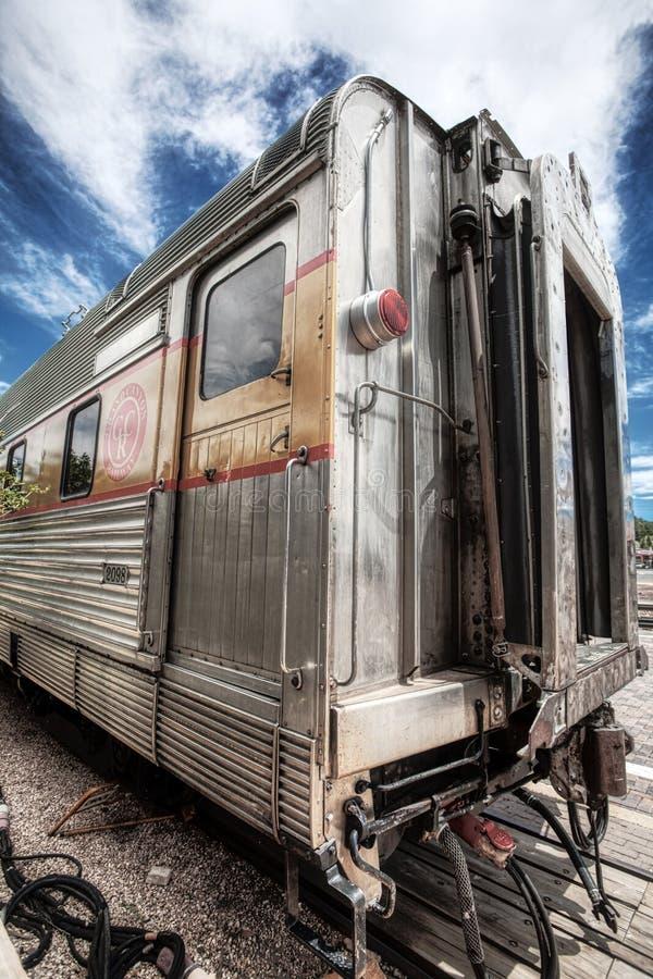 在大峡谷铁路的老铁路客车 免版税库存图片
