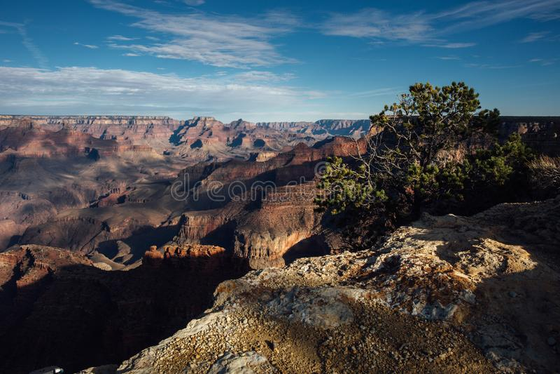 在大峡谷,亚利桑那的日落阴影 库存照片