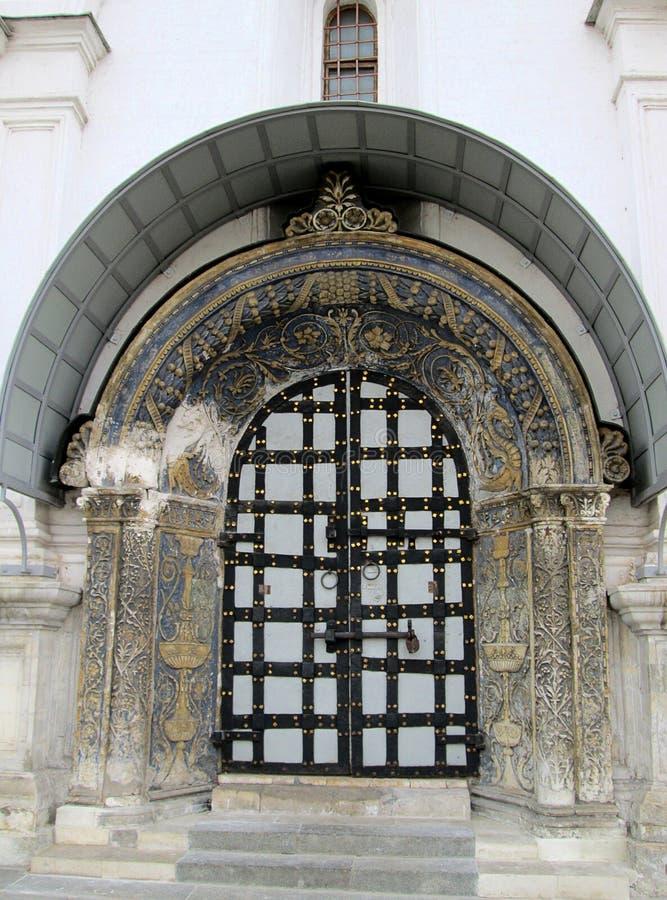 在大教堂正方形的细节在克里姆林宫复合体,俄罗斯里面 免版税库存照片