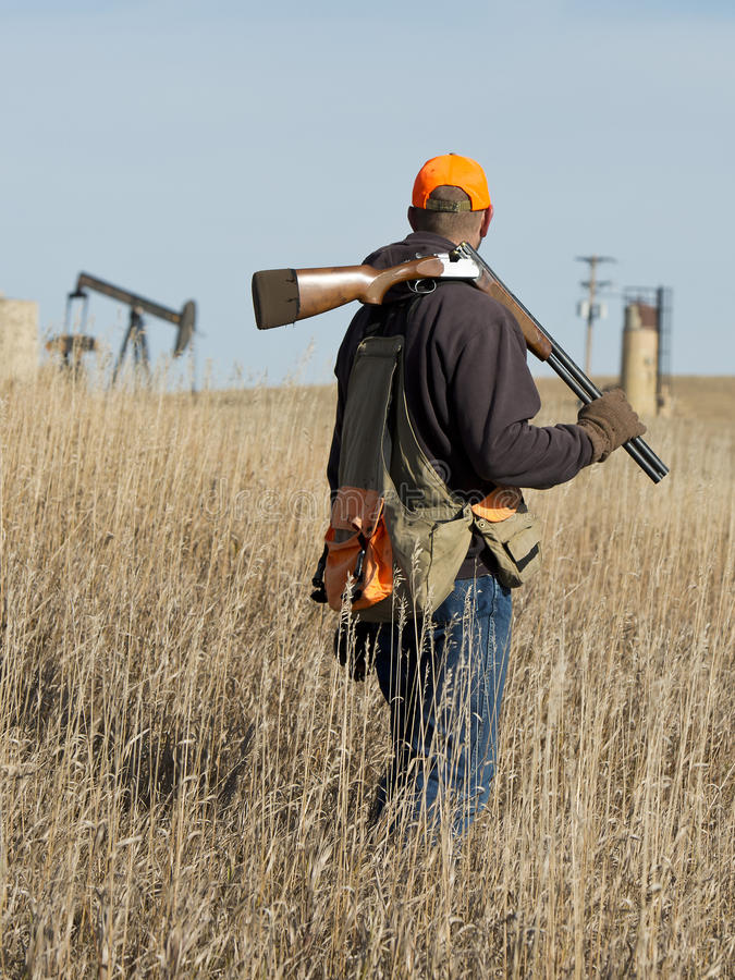 在大草原的猎人 免版税库存照片