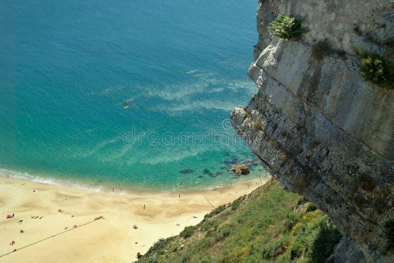 在大西洋西海岸的美妙的风景在葡萄牙 免版税库存图片