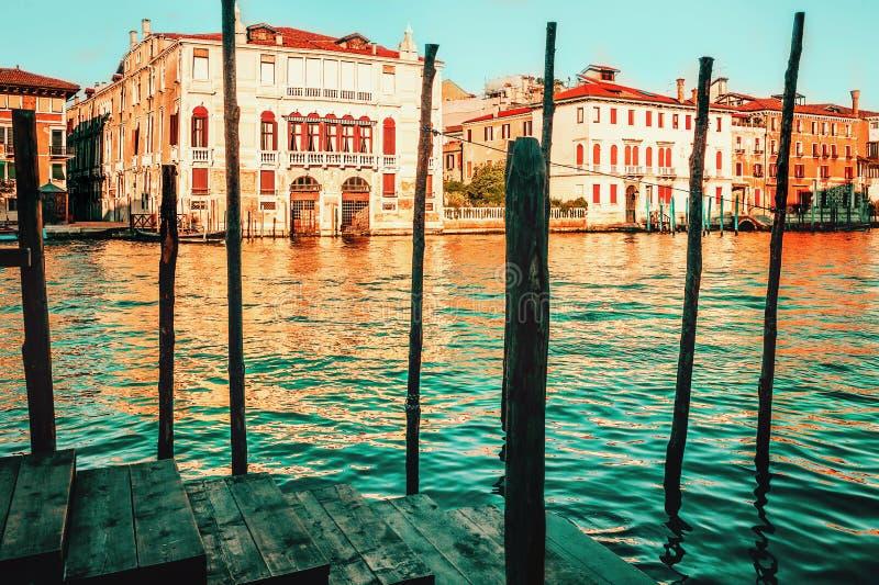 在大运河的日落在威尼斯,意大利 免版税库存照片