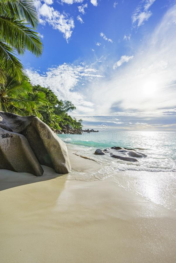 在天堂海滩anse乔其纱的晴天, praslin塞舌尔群岛10 库存照片