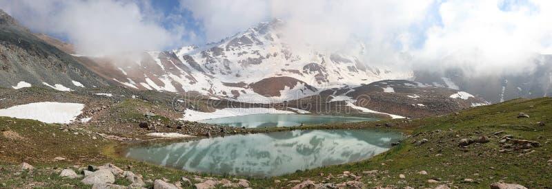 在天狮单老山的蒂托夫峰顶,哈萨克斯坦 库存照片