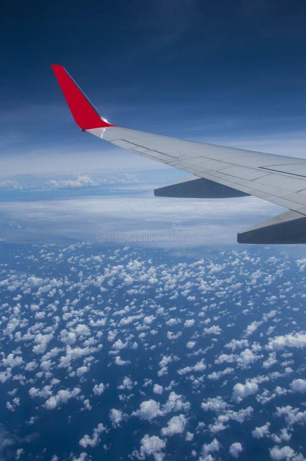 在天空上的飞机空运 免版税图库摄影