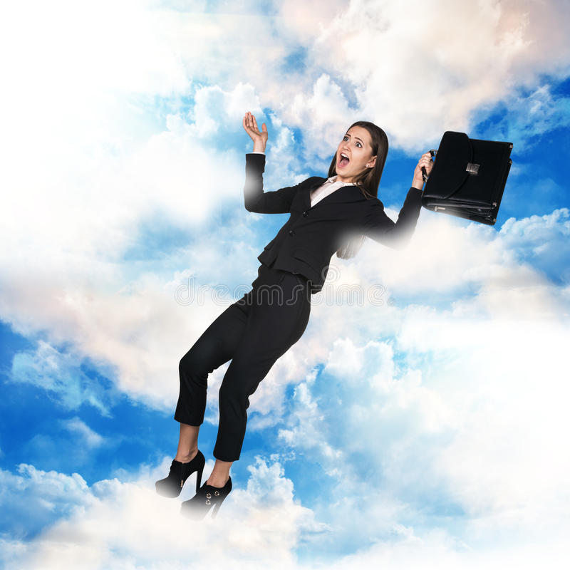 Download 在天空的女商人飞行 库存图片. 图片 包括有 员工, 自由, 通信, 幸福, 户外, 运行, 人员, 正式 - 62526263