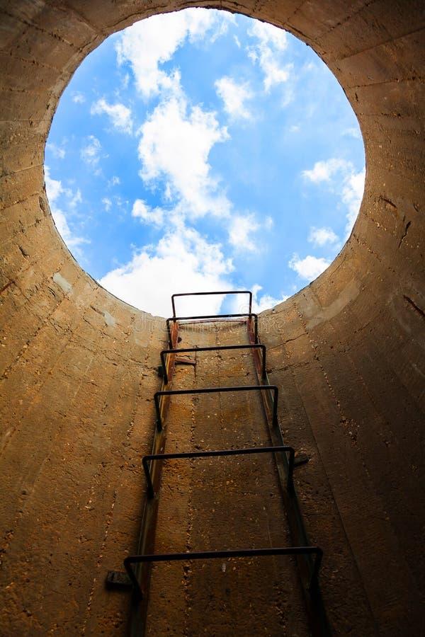 在天空的楼梯 免版税库存照片