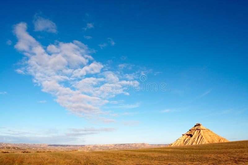 在天空的蓝色小山 库存图片