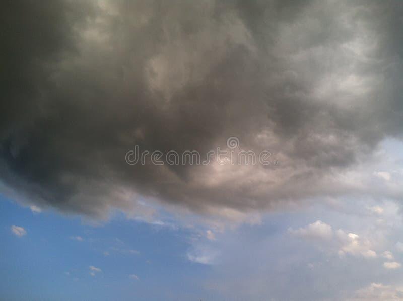 在天空的风暴 免版税库存图片