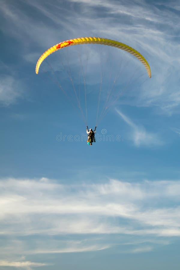 在天空的Paraplane 免版税库存图片