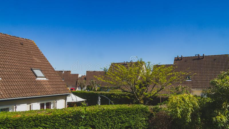 在天空蔚蓝下的议院在波城,法国 免版税库存图片