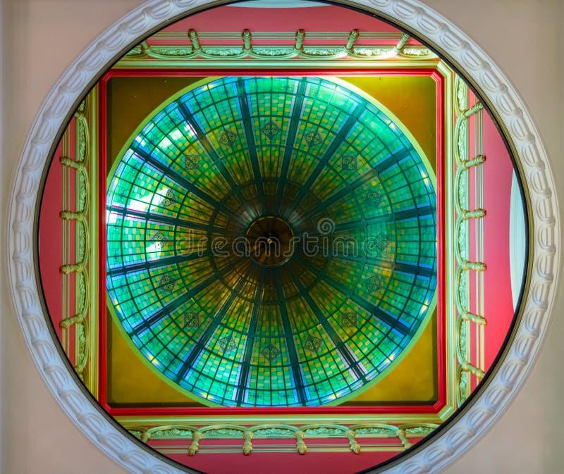 在天花板装饰品的看法在女王维多利亚商城,悉尼 免版税库存图片