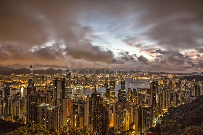 在太平山的日出视图在香港 库存照片