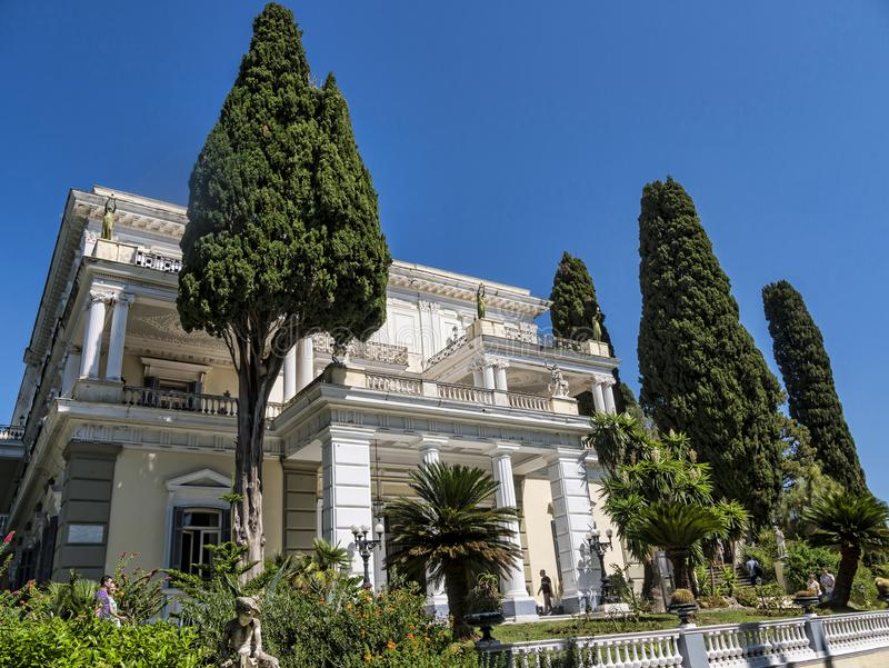 在奥地利Sissi的女皇修造的科孚岛希腊海岛上的Achillieon宫殿伊丽莎白 图库摄影