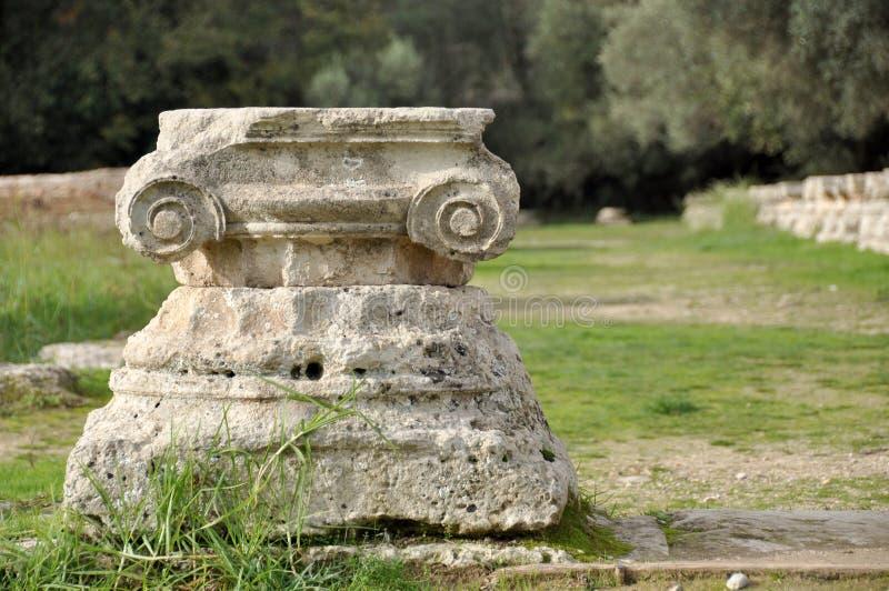 在奥林匹亚希腊的希腊古老多利安人的专栏细节 免版税库存图片