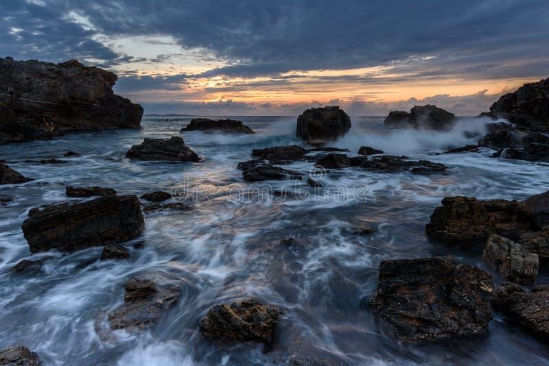 在奥秘海湾的日出 免版税图库摄影