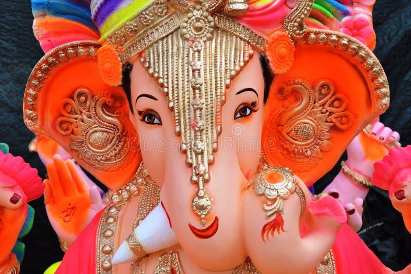 在好莱坞Basti,艾哈迈达巴德附近的Ganesha阁下的雕象 库存照片