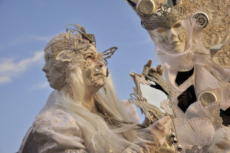 在威尼斯狂欢节的非凡面具 免版税库存图片