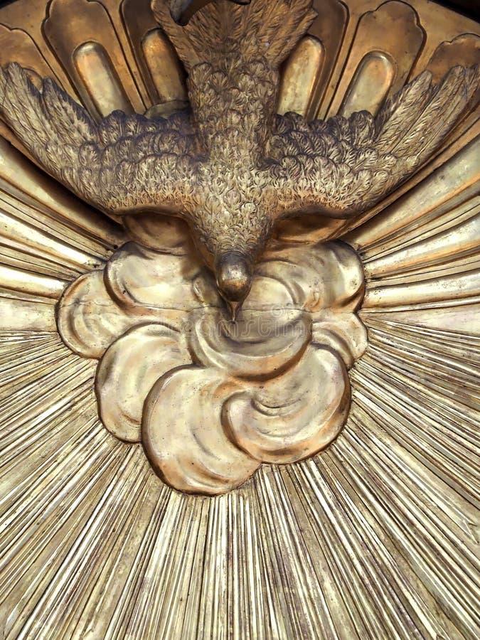 在威尼斯里面安康圣母圣殿,大教堂有雕塑和细节的 库存照片