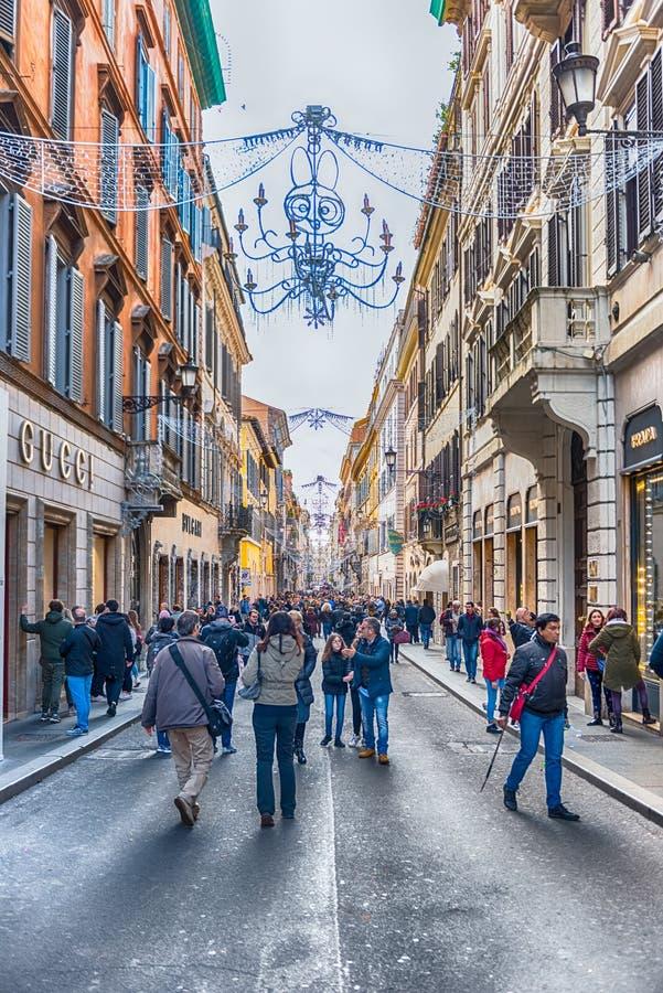 在孔多蒂街时尚街道的一平日,罗马,意大利 库存图片