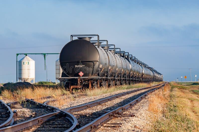 在存贮的铁路坦克车 免版税库存照片
