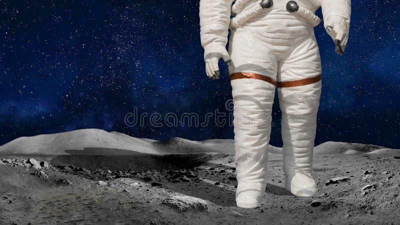 在宇宙身分的宇航员或宇航员特写镜头月亮或行星表面上 美国航空航天局亲切地提供的图象的元素 库存图片