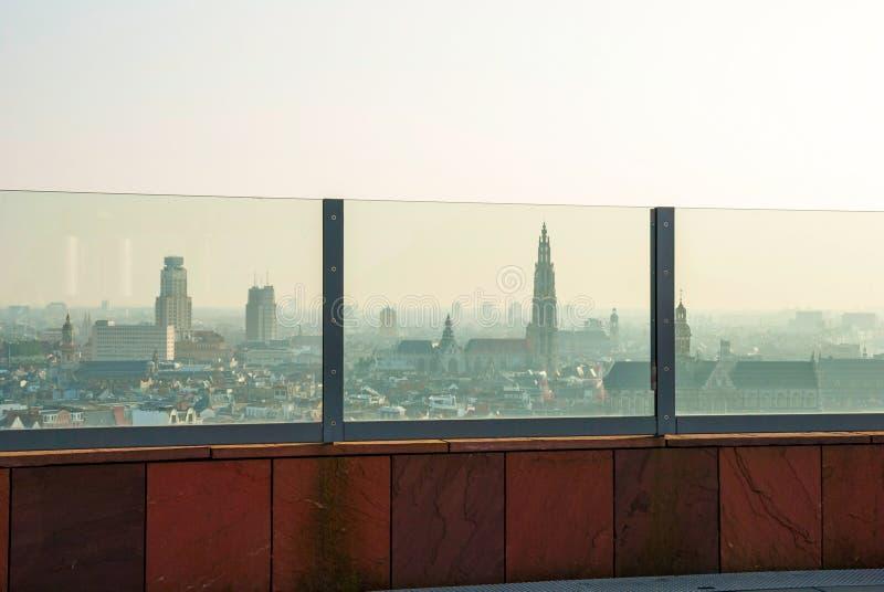 在安特卫普的看法从Musem aan der Stroom 免版税图库摄影