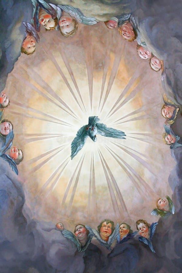 在宗教版本的鸽子 免版税库存照片