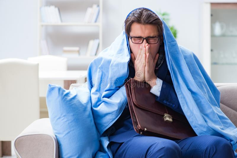 在家停留病的雇员遭受通气管 免版税库存图片