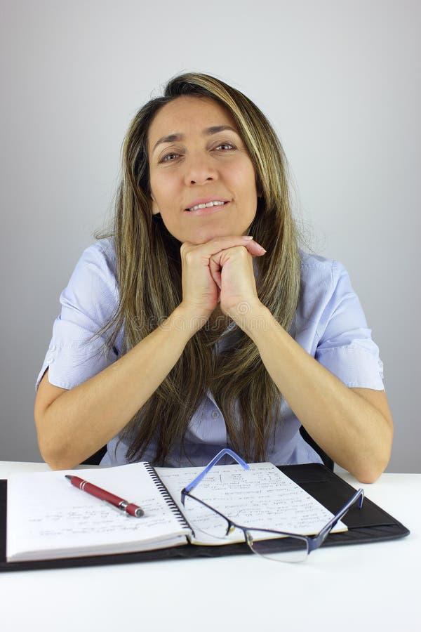 在家工作的妇女 免版税库存照片