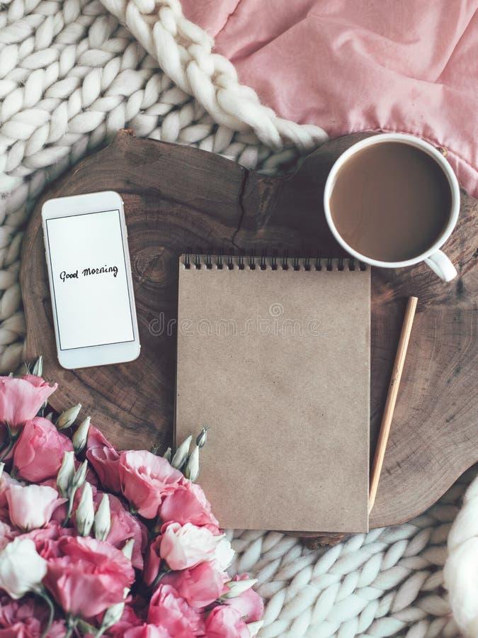 在家放松或工作概念 免版税库存照片
