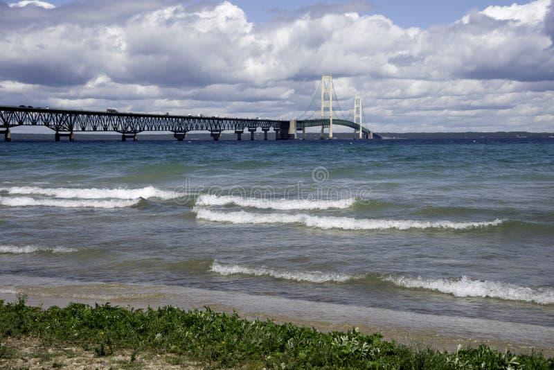 在密执安的上部半岛的麦基诺桥 免版税库存图片