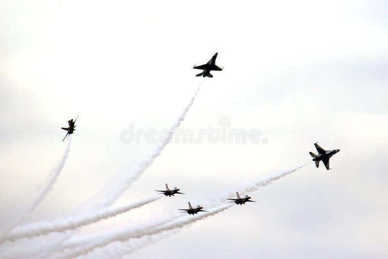 在密级队形的美国空军队雷鸟 库存照片