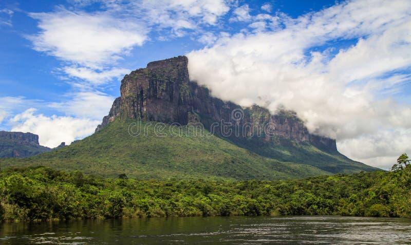 在对安赫尔瀑布的途中, canaima公园, gran sabana,委内瑞拉 库存图片